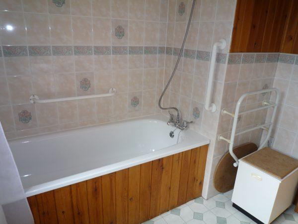 Cherry Lodge Bathroom